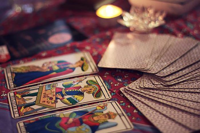 tarocchi usati in cartomanzia numerologia chiromanzia e divinazione